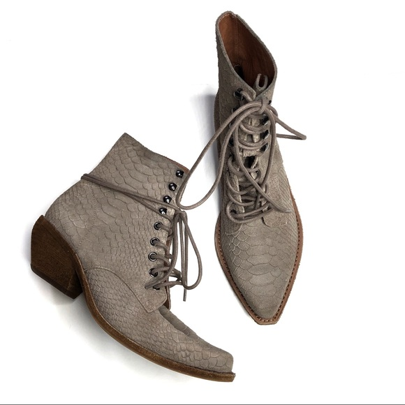 Jeffrey Campbell Elmcroft Boot Lace Up Western